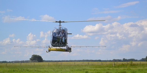 Resized_Safari_Helicopter_Ag_Spray1